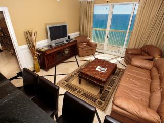 Luxury sweet...err suite with an amazing view of pier and across the street from Pier Park! FREE NETFLIX - Panama City Beach vacation rentals