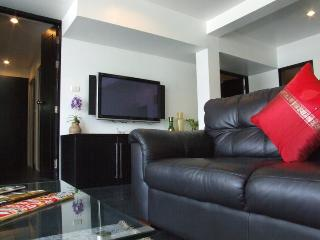 two-bedroom apartment with sea view (4 adults) 120m2 - Patong vacation rentals