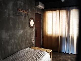 Twin room(103) in TwoTwo House - Seoul vacation rentals