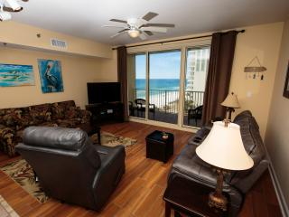 Beautifully Decorated 1Br, 2Ba. Tile Floors! - Panama City Beach vacation rentals
