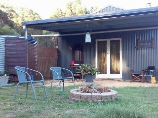 The Laidback Lair - couples studio retreat - Kangaroo Valley vacation rentals