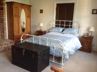 Beautiful House with Internet Access and A/C - Te Awamutu vacation rentals