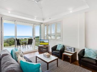 MAN2310 DELUXE OCEAN VIEW SPA SUITE - Kingscliff vacation rentals