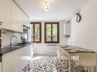 Ca' dei Pensieri close to Ca' Foscari - Venice vacation rentals