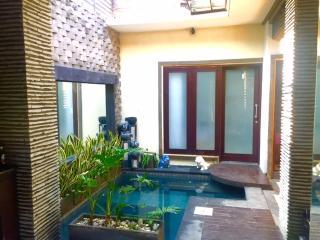 Seminyak Area Villa Marjens 3 - Seminyak vacation rentals