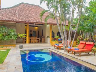 Villa Emas, Great Location and Pool Fence - Seminyak vacation rentals