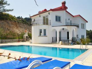 KB414 North Cyprus Kyrenia 3 Bedroom Luxury Dublex - Bellapais vacation rentals