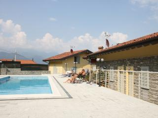 Sant'Anna White, modern, sleeps 4 with pool - Pianello del Lario vacation rentals