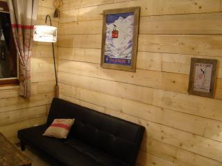 Joli studio de style chalet avec balcon - Val-d'Isère vacation rentals