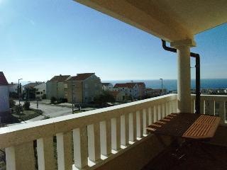 Cosy 2+2 with a sea view!(C1) - Novalja vacation rentals