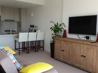 1 bedroom Apartment with Balcony in Sydney Olympic Park - Sydney Olympic Park vacation rentals