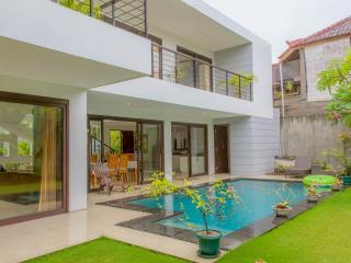 3 BR Affordable Luxury Villa Skye Dee - Legian vacation rentals