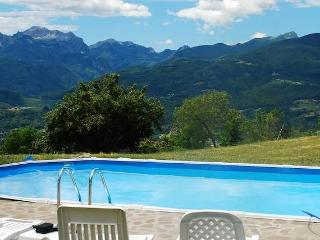 Wonderful House with Internet Access and Satellite Or Cable TV - Castiglione Di Garfagnana vacation rentals