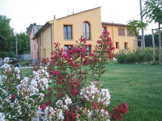 Agriturismo Saluto al Sole- Case Vacanze - Casalguidi vacation rentals
