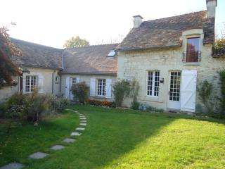 Nice Bed and Breakfast with Internet Access and Wireless Internet - Vouneuil-sur-Vienne vacation rentals
