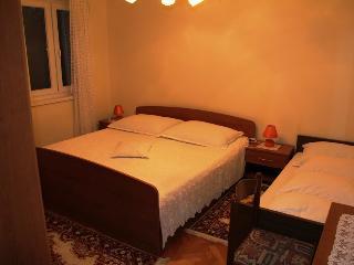 Room for 3 with bathroom(F4) - Novalja vacation rentals