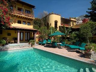 7 bedroom House with Deck in San Miguel de Allende - San Miguel de Allende vacation rentals
