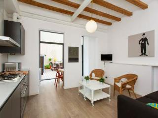 2BR/1BA Private Terrace Apt for 6 in Gracia - BCN - Barcelona vacation rentals