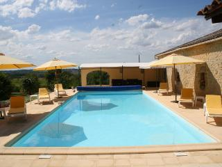 NEW!Mirabelle cottage with heated pool and Jacuzzi - Tombeboeuf vacation rentals