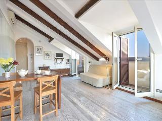 Modern studio with 2 balconies - Milan vacation rentals