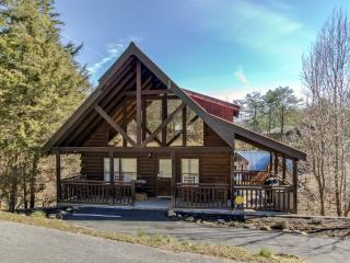 """Are We Bear Yet""--Hot Tub--Pool Table--Great Rate - Pigeon Forge vacation rentals"
