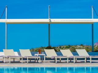 Villa Mathea – Luxury Villa with Annex and Pool - Akrotiri vacation rentals