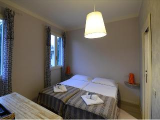 Double room in downtown - Florence vacation rentals