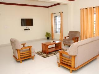 2 bedroom Bed and Breakfast with Internet Access in Madikeri - Madikeri vacation rentals