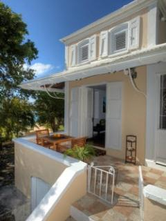 Nice Villa with A/C and Shared Outdoor Pool - Charlotte Amalie vacation rentals