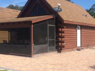 Log Cabin on Lake Okeechobee - Okeechobee vacation rentals