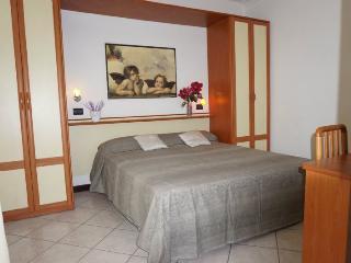 Adorable 1 bedroom Vacation Rental in Rivazzurra di Rimini - Rivazzurra di Rimini vacation rentals