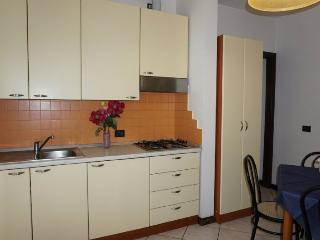 Bright 1 bedroom Condo in Rivazzurra di Rimini with Internet Access - Rivazzurra di Rimini vacation rentals