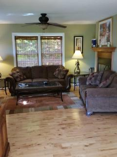 Mountain Ski house between Stratton & MT Snow - West Wardsboro vacation rentals