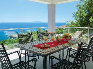 Perfect 5 bedroom Korcula Town Villa with Internet Access - Korcula Town vacation rentals