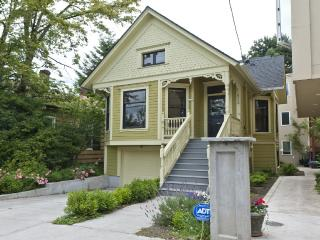 Spacious Victorian Home in Prime NW Location! - Portland vacation rentals