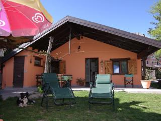 casa sula lago di Caldonazzo 200mt. dalle spiagge - Pergine Valsugana vacation rentals