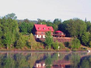 Lakeside Cottage (40 min from Mont Tremblant) - Labelle vacation rentals