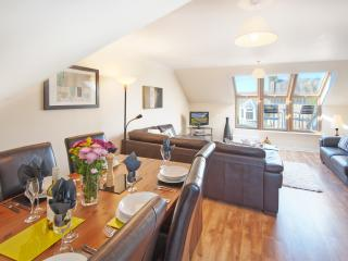 Luxury town centre penthouse apartment - Kelso vacation rentals