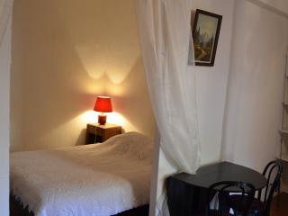 Cosy studio in the heart of Castellane - Castellane vacation rentals