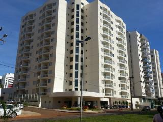 Apto Novinho - 300 m do Clube Prive - Caldas Novas - Caldas Novas vacation rentals