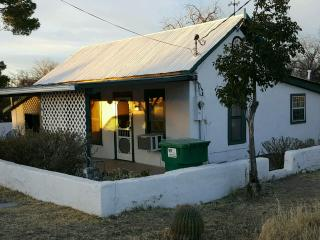 100+ yr old Adobe Home on Historic Allen St - Tombstone vacation rentals