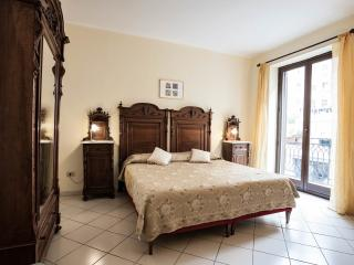 Elegant Apartment in Palermo Centre (n. 11) - Palermo vacation rentals