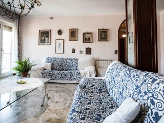 Very bright apartment with private garage - Palermo vacation rentals