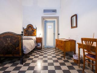 Casa Rovai Suite for 4 people - Florence vacation rentals