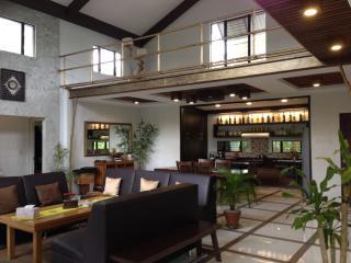 John's Hammock  Vacation house in Tagaytay - Tagaytay vacation rentals