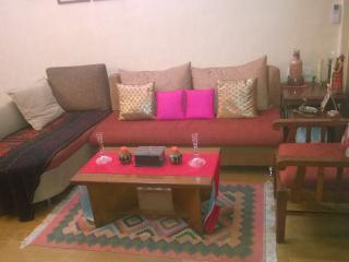 Cozy pvt room with attached toilet near BKC kalina - Mumbai (Bombay) vacation rentals