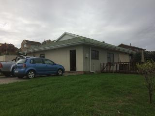 Glen Eden Estate, East Coasts, East London - East London vacation rentals