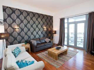 Exclusive and Stylish City Centre Apartment - Newcastle upon Tyne vacation rentals