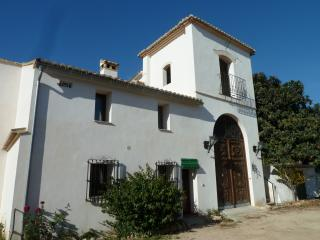 Casa Juan Blix - stay on an organic orange farm - Canals vacation rentals