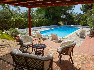 Charming Villa in Sciacca with Internet Access, sleeps 9 - Sciacca vacation rentals